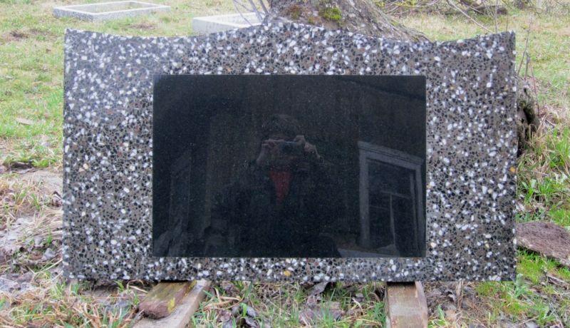 памятники из мраморной и гранитной крошки